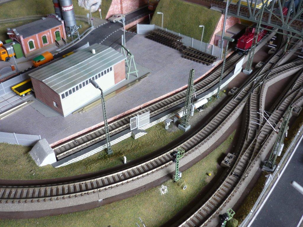 http://cyberrailer.de/Anlage-Junior/Bahnmeisterei/BM4.jpg