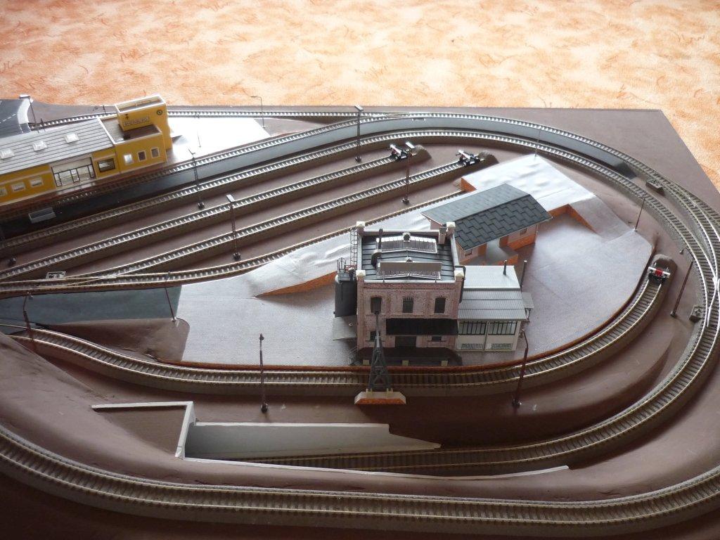 http://cyberrailer.de/Anlage-Junior/Raffinerie/Raffinerie01.jpg