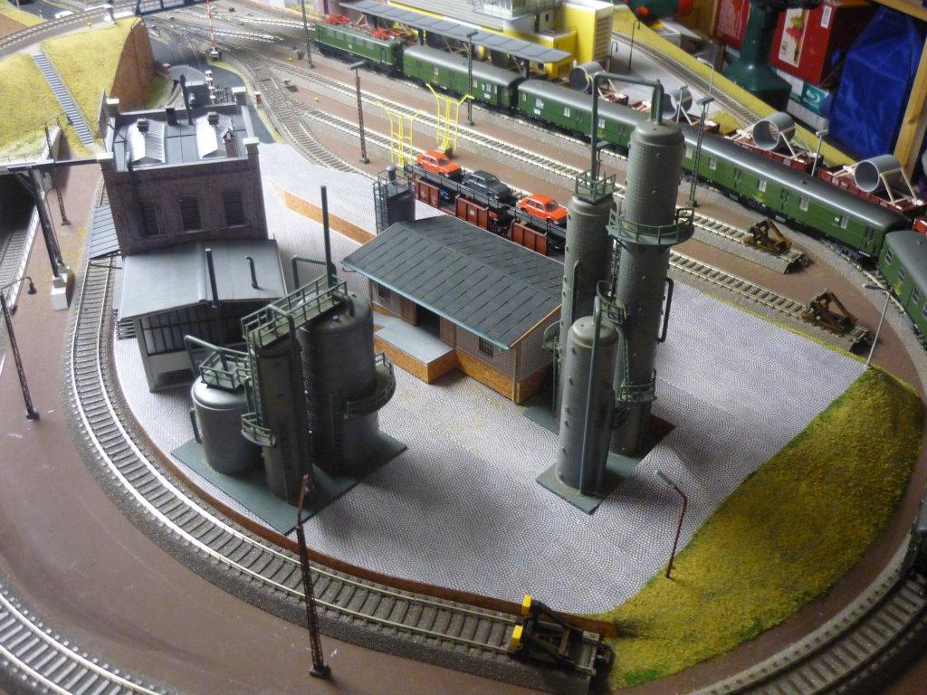 http://cyberrailer.de/Anlage-Junior/Raffinerie/Raffinerie2.jpg