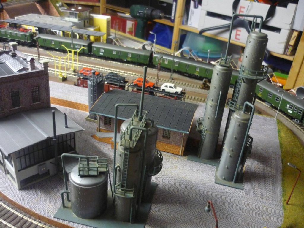 http://cyberrailer.de/Anlage-Junior/Raffinerie/Raffinerie3.jpg