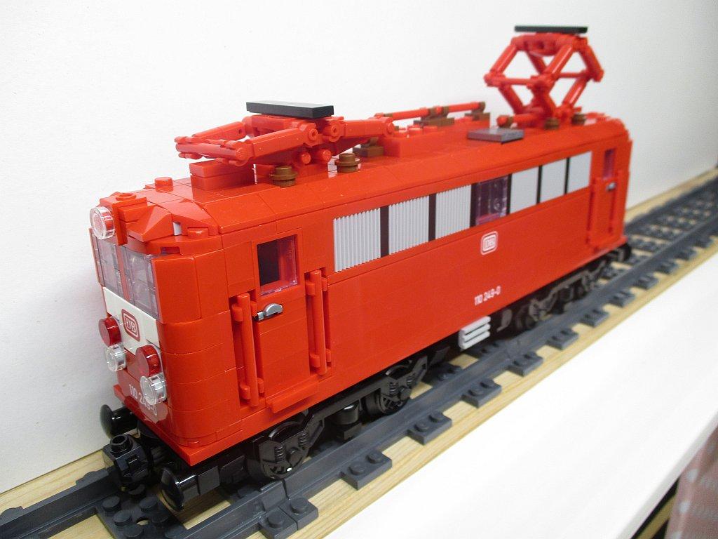 http://cyberrailer.de/Lego/110-or/5.jpg