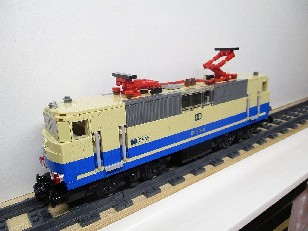 http://cyberrailer.de/Lego/181/32.jpg