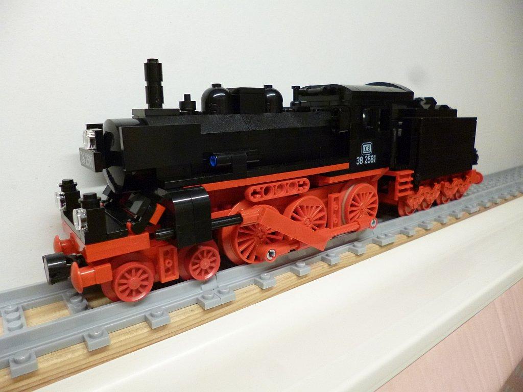 http://cyberrailer.de/Lego/38/16.jpg