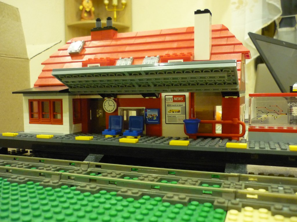 http://cyberrailer.de/Lego/Bahnhof/24.jpg