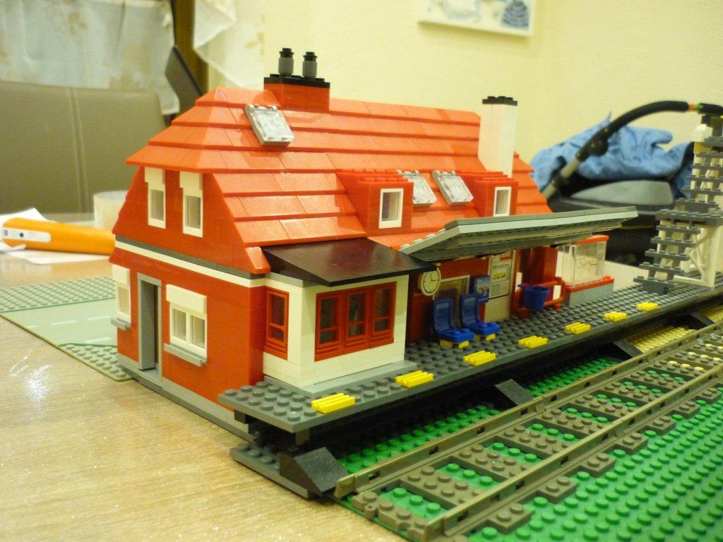 http://cyberrailer.de/Lego/Bahnhof/29.jpg