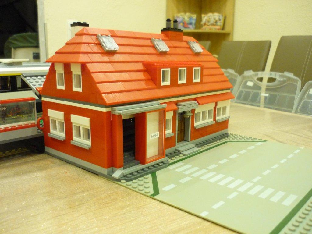 http://cyberrailer.de/Lego/Bahnhof/30.jpg