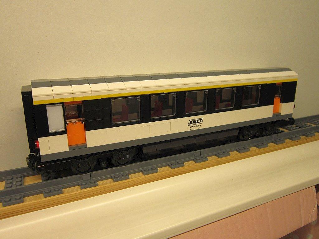 http://cyberrailer.de/Lego/Corail-Zug/22.jpg