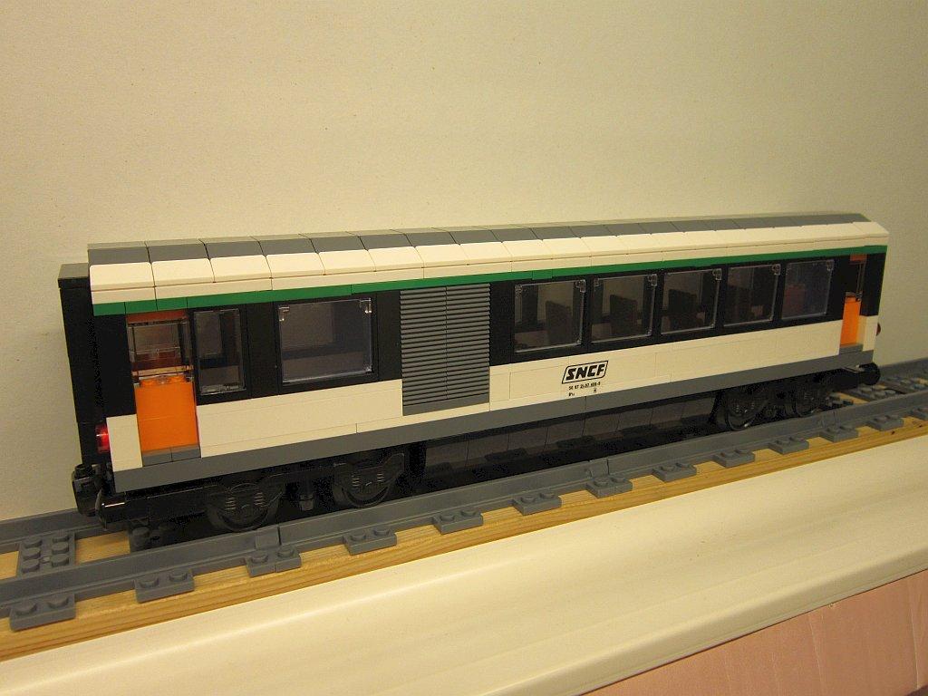 http://cyberrailer.de/Lego/Corail-Zug/25.jpg