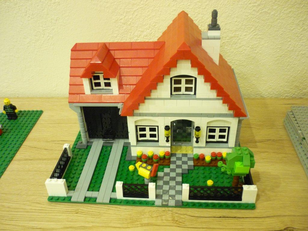 http://cyberrailer.de/Lego/Haus1/1.jpg
