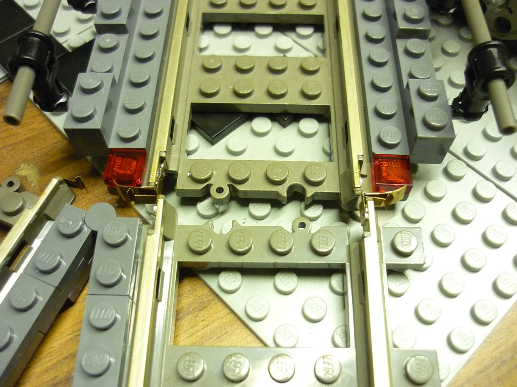 http://cyberrailer.de/Lego/Segmentdrehscheibe/6.jpg